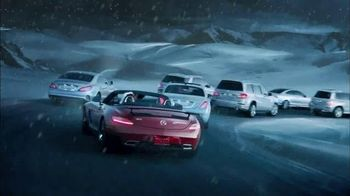 Mercedes-Benz TV Spot, 'Santa's Garage' - Thumbnail 5