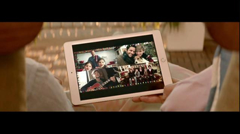 Best Buy TV Spot, 'Holiday Best Wishes: Apple' - Thumbnail 6