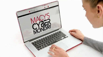 Macy's Cyber Monday Sale TV Spot, 'Winter Wardrobe' - Thumbnail 8