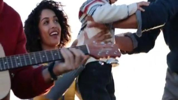 Nautica TV Spot, 'Holiday 2014' Song by The Paper Kites - Thumbnail 6
