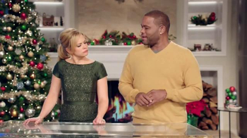 Walmart TV Spot, 'Fist Bump' Featuring Melissa Joan Hart & Anthony Anderson - Thumbnail 6