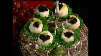 Eggstractor TV Spot, 'No More Mess' - Thumbnail 3