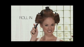 Runway Blowout Brush TV Spot, 'Volume, Bounce and Shine'