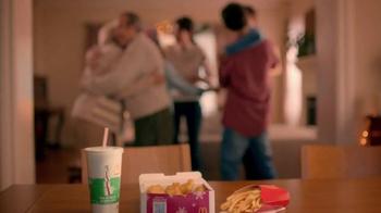 McDonald's Chicken McNuggets TV Spot, 'Abrazar a Familia' [Spanish] - Thumbnail 1