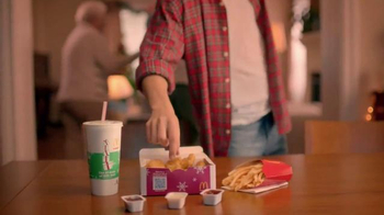 McDonald's Chicken McNuggets TV Spot, 'Abrazar a Familia' [Spanish] - Thumbnail 4