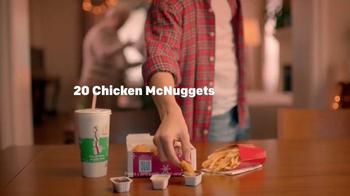 McDonald's Chicken McNuggets TV Spot, 'Abrazar a Familia' [Spanish] - Thumbnail 5