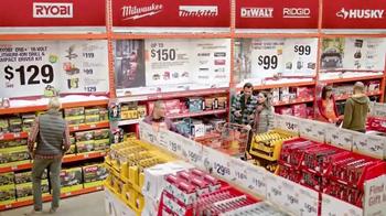 The Home Depot TV Spot, 'Época de Vacaciones' [Spanish] - Thumbnail 2