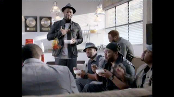 Cheerios TV Spot, 'Sweet Improv' Featuring Naturally 7 - Thumbnail 8