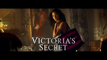 Victoria's Secret TV Spot, 'Free Tote with Purchase' Song by Ryan Farish - Thumbnail 8