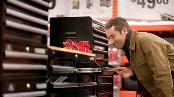 The Home Depot TV Spot, 'The Holiday Clock Is Ticking' - 2107 commercial airings