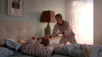 Samsung TV Spot, 'Home for the Holidays' Featuring Kristen Bell - Thumbnail 2