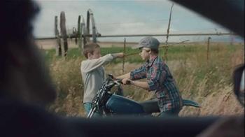 2015 Nissan Altima TV Spot, 'Migration' - Thumbnail 4