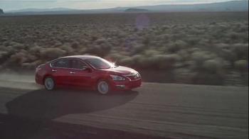 2015 Nissan Altima TV Spot, 'Migration' - Thumbnail 5