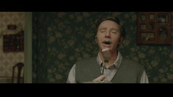 Progressive TV Spot, 'Flo's Family: Danny Boy' - Thumbnail 7