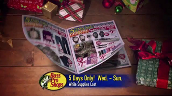 Bass Pro Shops 5 Day Sale TV Spot, 'Jeans, Jackets and Spinning Combos' - Thumbnail 3