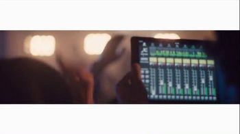 Apple iPad Air 2 TV Spot, 'Change' Song by The Orwells - Thumbnail 3