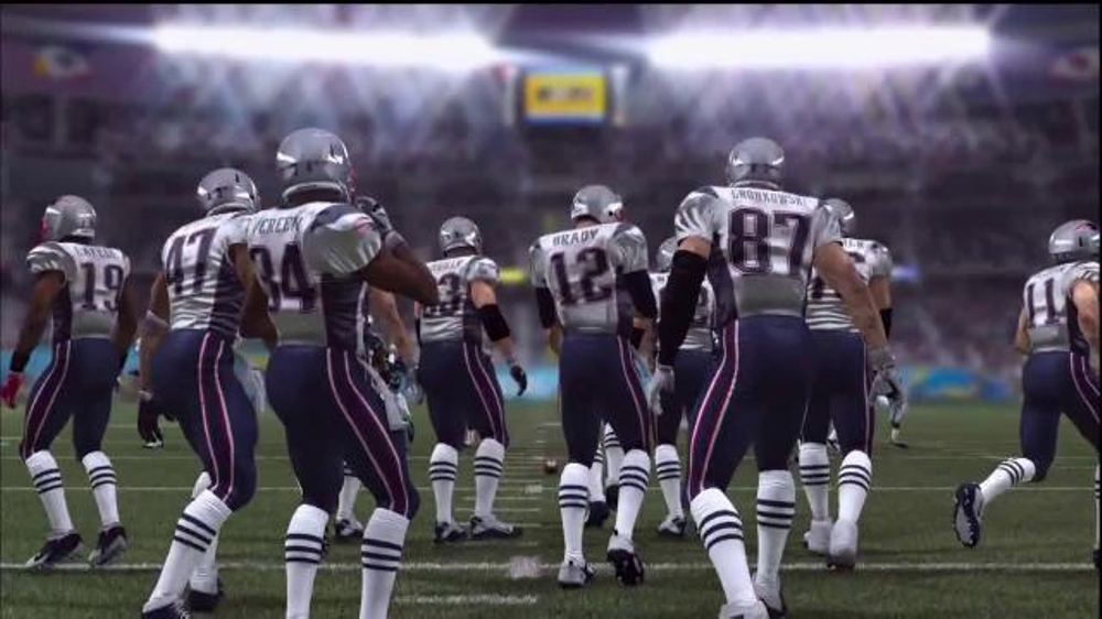 Madden NFL 15 TV Commercial, 'Smart Defense'