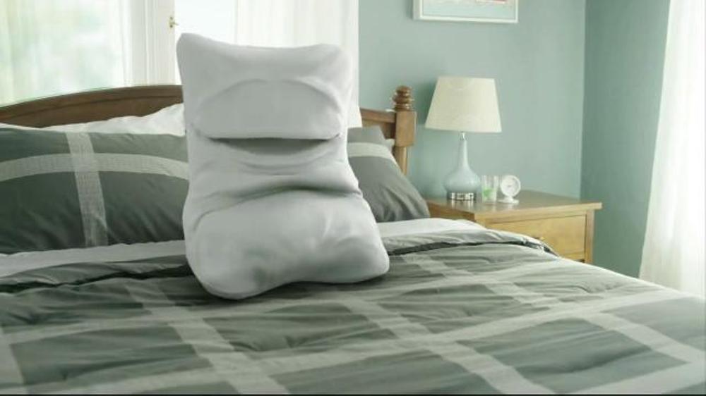 Skechers Memory Foam TV Commercial, 'Walking on a Pillow' Video
