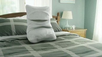 Skechers Memory Foam TV Spot, 'Walking on a Pillow'