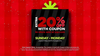 JCPenney Outclick St. Nick Sale TV Spot, 'Super Cyber Busters' - Thumbnail 2
