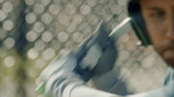Dick's Sporting Goods TV Spot, 'Gifts for Your Athlete' - Thumbnail 4