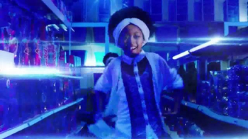 Kmart Blue Light Member Special TV Spot, 'Dance Party' - Thumbnail 6