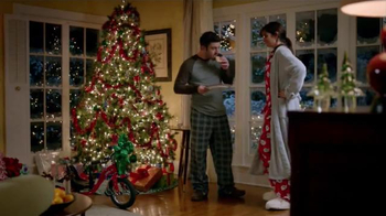 Walgreens TV Spot, 'Cookies for Santa' - Thumbnail 2