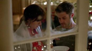 Walgreens TV Spot, 'Cookies for Santa' - Thumbnail 4