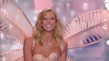 Victoria's Secret TV Spot, '2014 Fashion Show' - Thumbnail 8