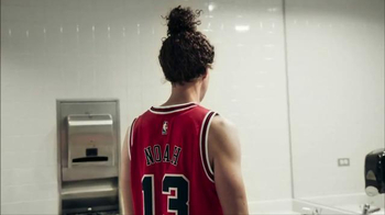 NBA Swingman Jersey TV Spot, 'Dr. Tom Murphy' Featuring Joakim Noah - Thumbnail 4