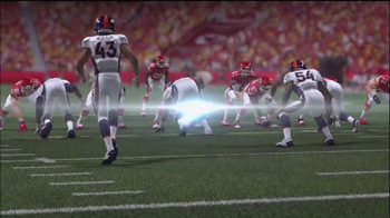 Madden NFL 15  TV Spot, 'Extra Defense' - Thumbnail 4