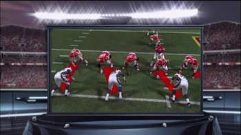 Madden NFL 15  TV Spot, 'Extra Defense' - Thumbnail 6