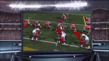 Madden NFL 15  TV Spot, 'Extra Defense' - Thumbnail 7