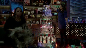 Microsoft TV Spot, 'Holiday Pro' Featuring Andy Cohen - Thumbnail 6