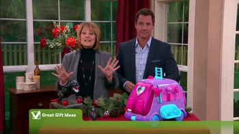 Hallmark Channel TV Spot, 'Home & Family Moment' - Thumbnail 4