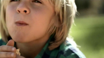 McDonald's Happy Meal TV Spot, '¿Quién No Quiere un Cutie?' [Spanish] - Thumbnail 5
