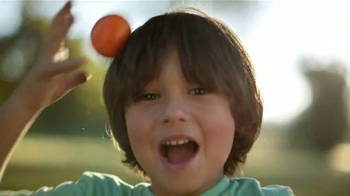 McDonald's Happy Meal TV Spot, '¿Quién No Quiere un Cutie?' [Spanish] - Thumbnail 7