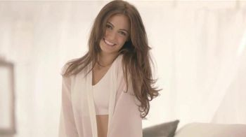 Genie Bra TV Spot, 'Feel Like You're Staying in Bed All Day' [Spanish]