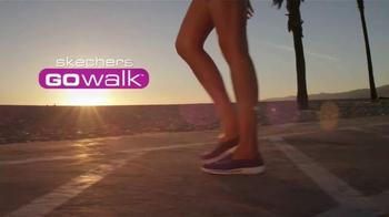 Skechers Go Walk TV Spot, Letra por Rizzle Kicks [Spanish] - Thumbnail 1