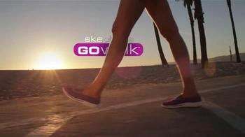 Skechers Go Walk TV Spot, Letra por Rizzle Kicks [Spanish] - Thumbnail 2
