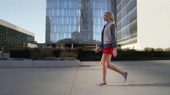Skechers Go Walk TV Spot, Letra por Rizzle Kicks [Spanish] - Thumbnail 6