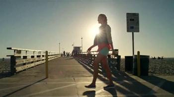 Skechers Go Walk TV Spot, Letra por Rizzle Kicks [Spanish] - Thumbnail 7