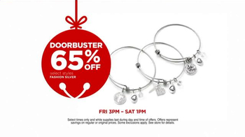 JCPenney Friends & Family Sale TV Spot, 'Doorbusters This Winter' - Thumbnail 7