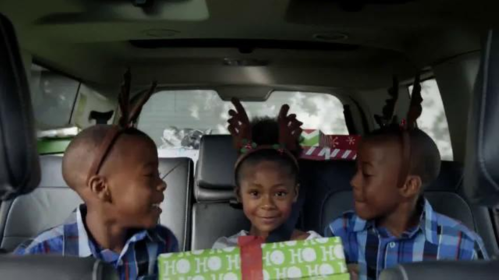 Walmart Holiday Anthem TV Commercial, 'Joy'