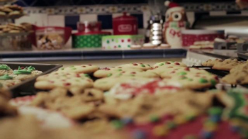 Walmart Holiday Anthem TV Spot, 'Joy' - Thumbnail 3