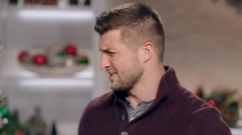 Walmart TV Spot, 'Man Gifting' Featuring Tim Tebow and Anthony Anderson - Thumbnail 7