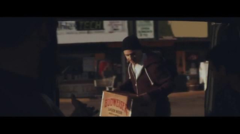 Budweiser TV Spot, 'Holiday Reunion' - Thumbnail 5