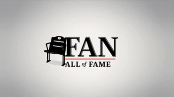 ESPN Fan Hall of Fame TV Spot, '2014 Finalist: Romeo Santos' - Thumbnail 8