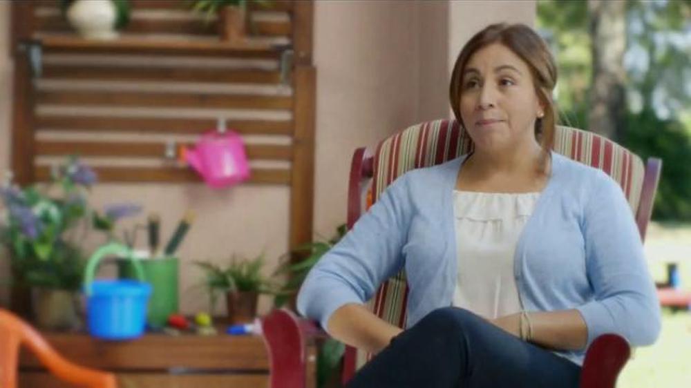 Xoom TV Commercial, 'Conny Recomienda Xoom Bill Pay'