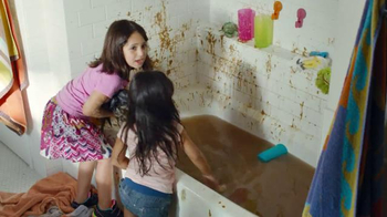 Scrubbing Bubbles Bathroom Cleaner TV Spot, 'New Pet' - Thumbnail 4